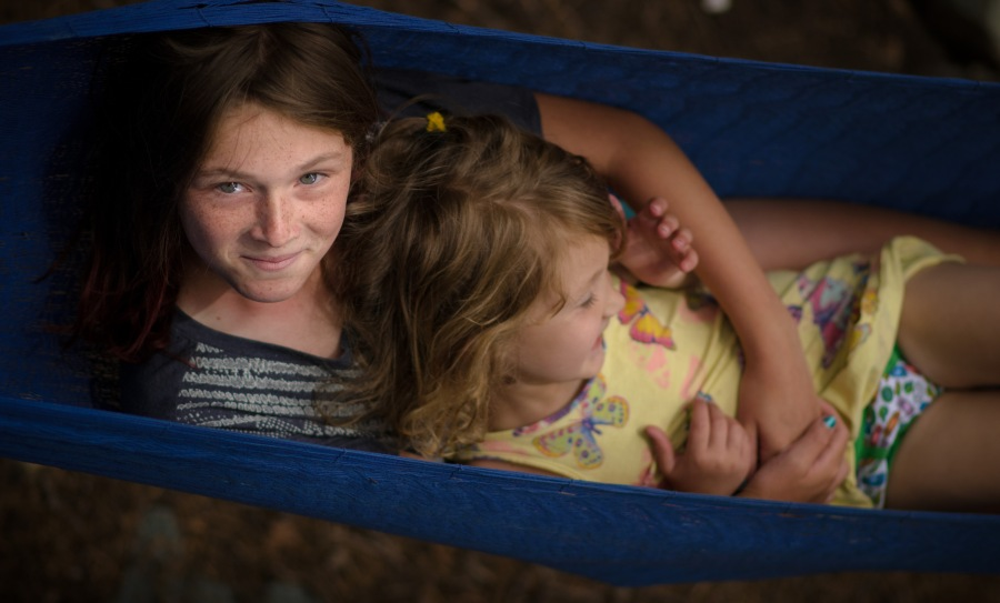 Family photography sisters hammock happiness
