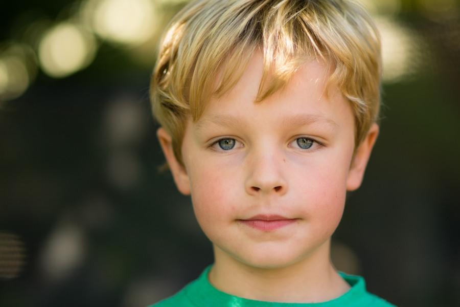 Family photography boy eyes bokeh