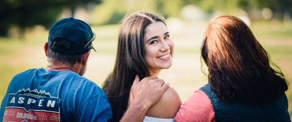 Family portrait photography high school graduate