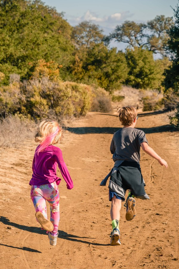 family kid photography bay area curpertino fremont older candid running