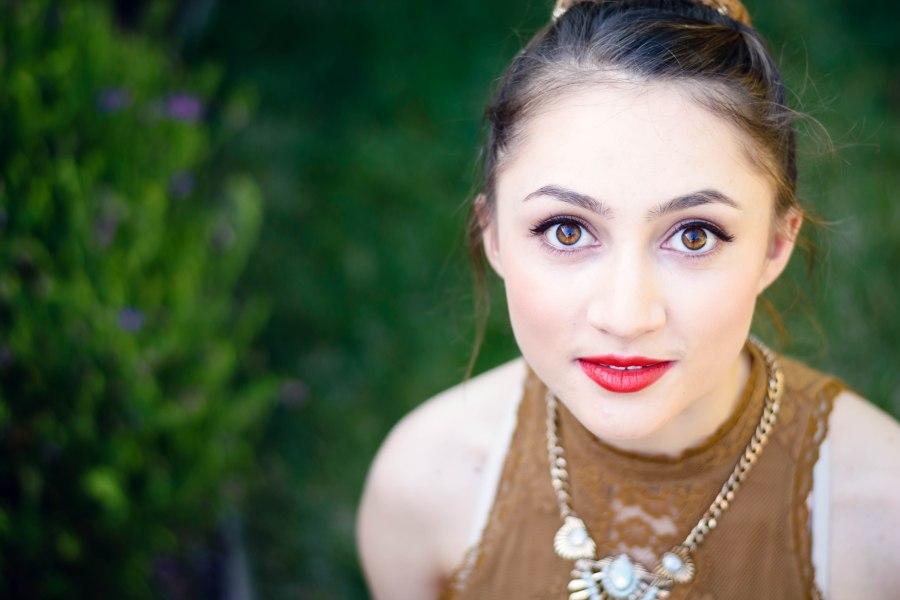 bay area san jose teen photography photographer prom brown eyes green grass