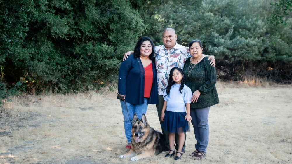 neilson outdoor family photography mcclellan ranch cupertino bay area group with dog