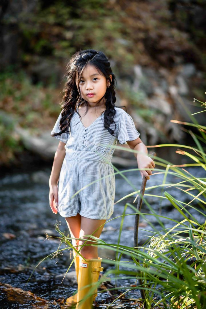 neilson outdoor family photography mcclellan ranch cupertino bay area daughter creek candid