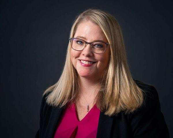 neilson corporate photography photographer bay area san francisco headshots portraits gray background blond hair glasses