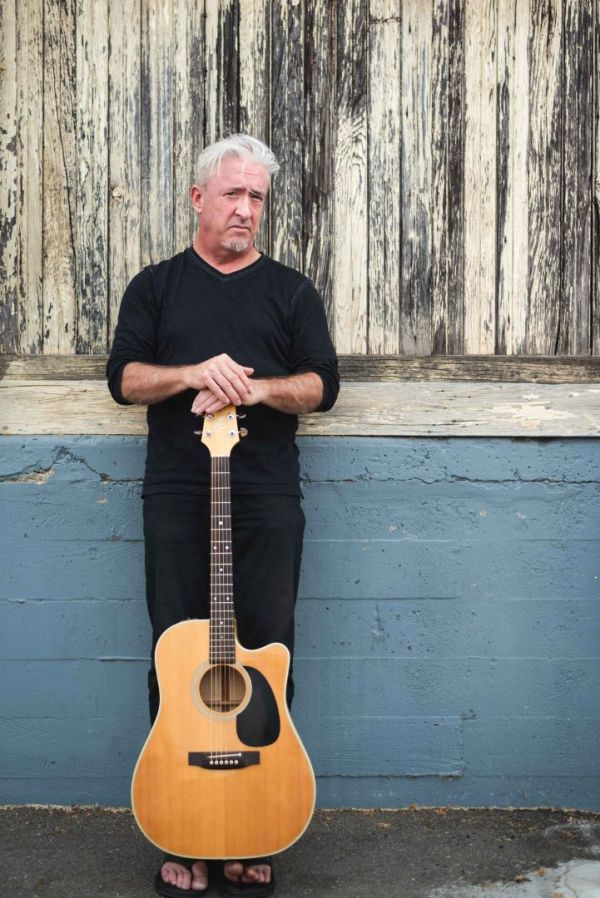 neilson portrait photography bay area san jose photographer keith flemming singer song-writer poet environmental portrait with guitar